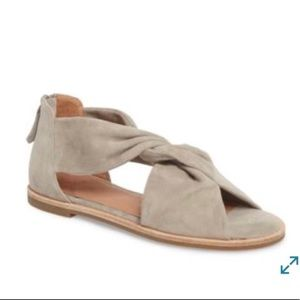 Nordstrom Caslon suede Maxwell sandal